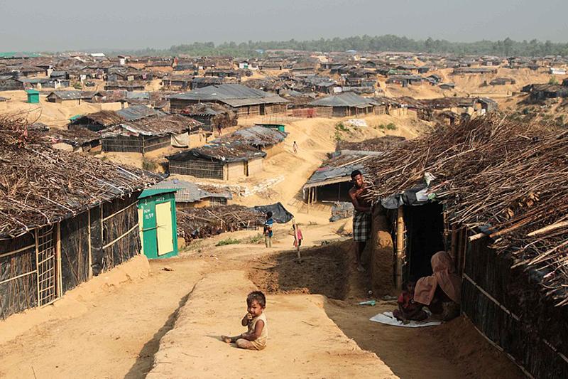 多くのロヒンギャ難民が避難するバングラデシュのクトゥパロン難民キャンプ=2017年3月(写真:John Owens / VOA)