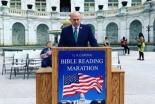 90時間で聖書全巻を通読、米首都で「聖書朗読マラソン」
