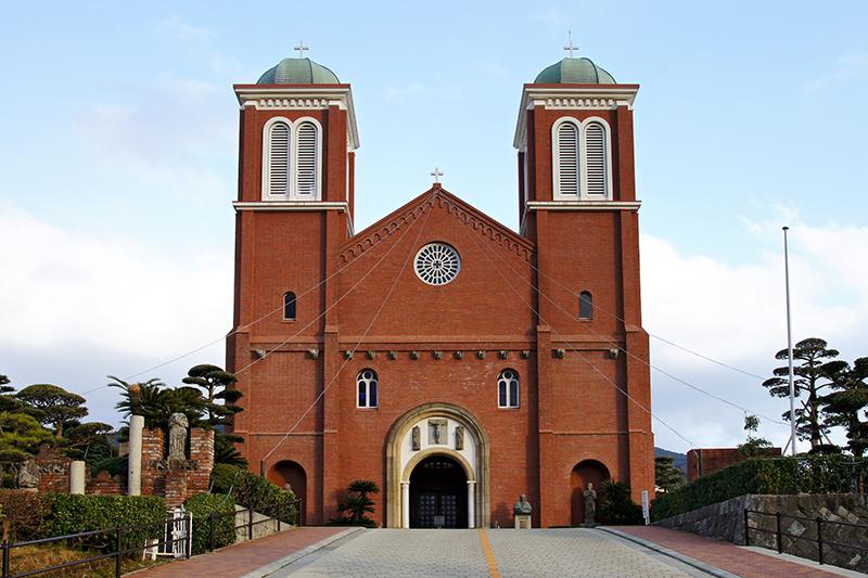 カトリック長崎大司教区の司教座聖堂である浦上教会(長崎市本尾町)(写真:663highland)