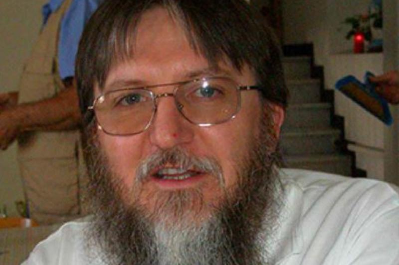 アルカイダ系組織「イスラムとムスリムの支援団」(JNIM)から解放されたアフリカ宣教会(SMA)所属のカトリック司祭ピエルルイジ・マッカーリ神父(写真:SMA)