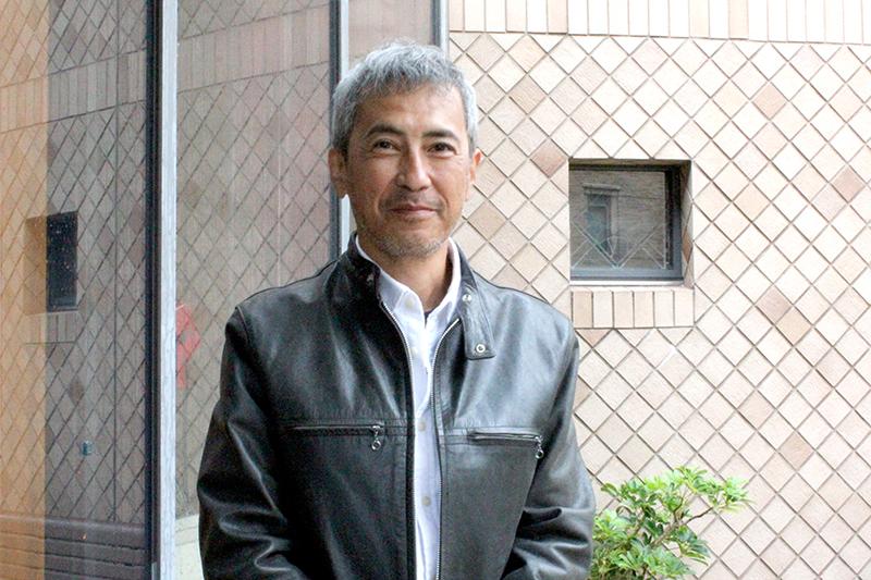 マザーハウスのスタッフで、パソコン修理販売事業「パトリック」を担当する赤堀誠さん
