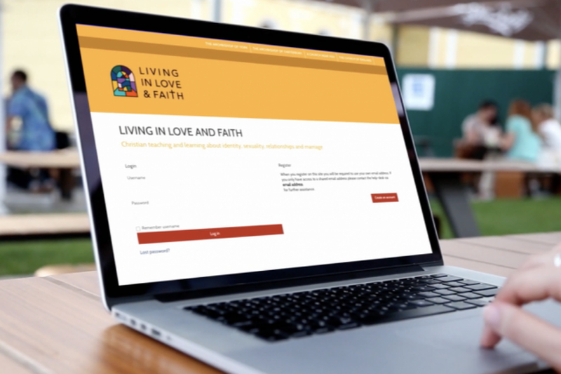 英国国教会が発表した資料「愛と信仰に生きる」(Living in Love & Faith=LLF)のログイン画面