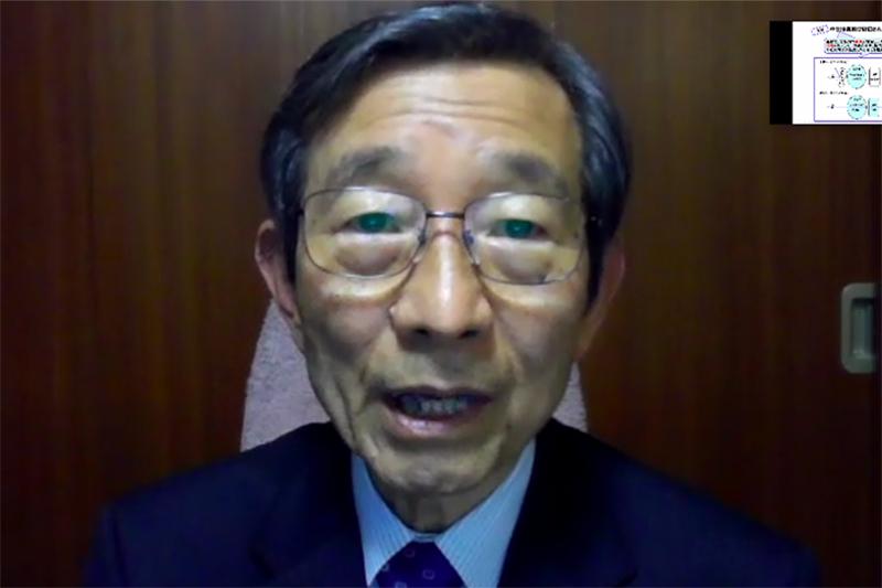 ビデオ会議システム「ZOOM」で行われた「第1回オンライン・サイエンスカフェ」で講演する阿部正紀・東京工業大学名誉教授=11月29日