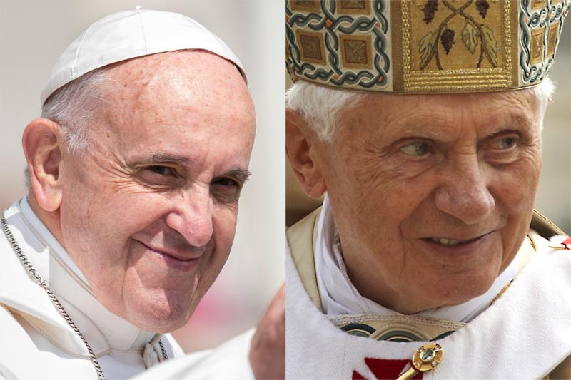 現職のローマ教皇である教皇フランシスコ(左)と前教皇である名誉教皇ベネディクト16世(写真: AM113 / Jeffrey Bruno / Shutterstock.com)