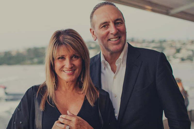 ヒルソング教会の創設者であるブライアン・ヒューストン国際主任牧師と妻のボビー共同国際主任牧師(写真:同教会の公式サイトより)