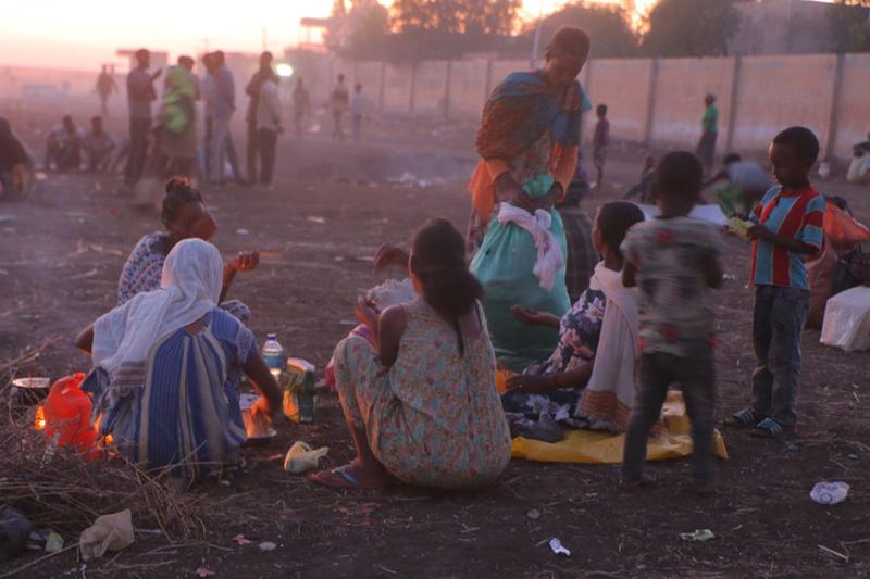 エチオピア北部ティグレ州の紛争を逃れ国境を渡ってスーダンに避難してきたエチオピア人難民(写真:国連難民高等弁務官事務所=UNHCR / Hazim Elhag)