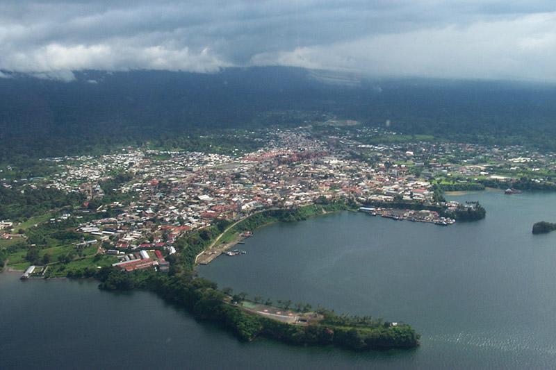 赤道ギニアの首都マラボ(写真:Ipisking)