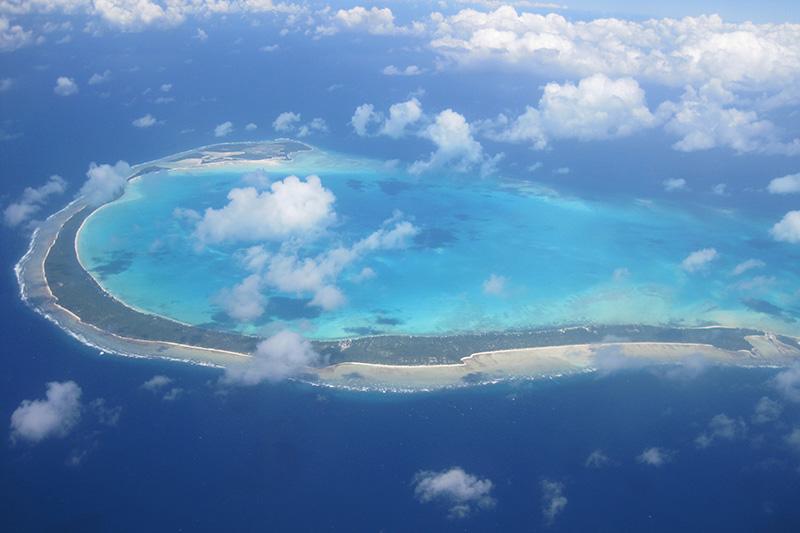 ギルバート諸島のオノトア環礁(写真:Edvac)