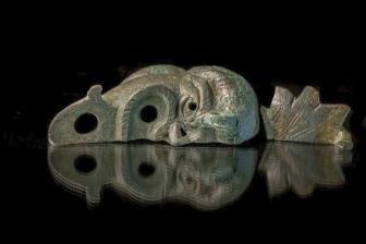 エルサレム「ダビデの町」の古代巡礼路で2千年前の「男性の半顔」ランプ発見