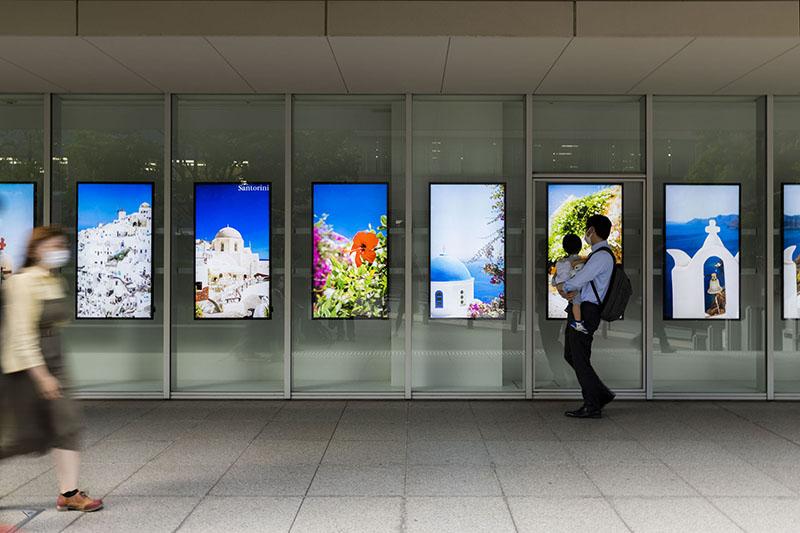 御茶ノ水ソラシティの屋外アートギャラリー「KS46Wall」で開催されている写真展「聖山アトスとイコン」