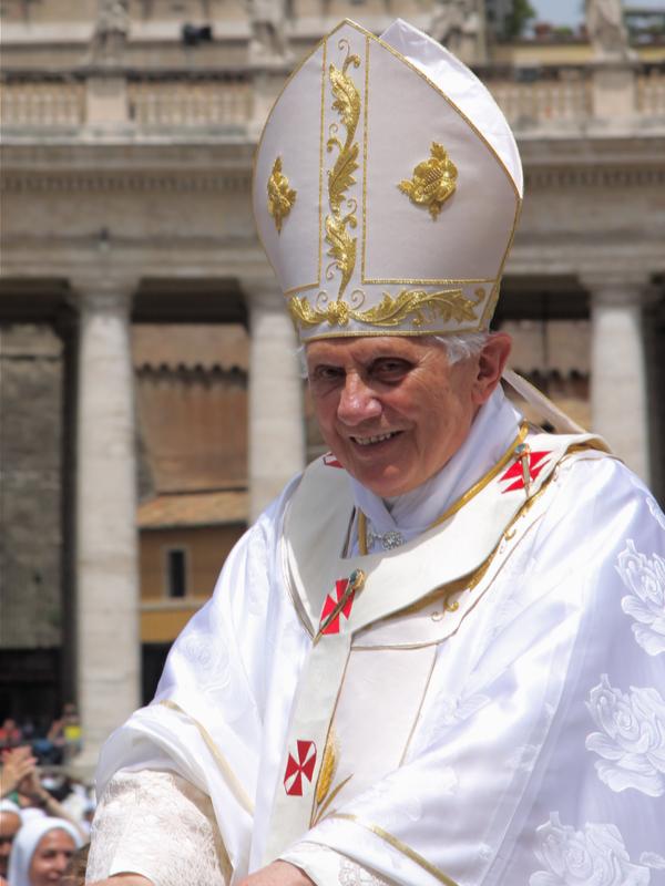 ローマ教皇在任中だったころの名誉教皇ベネディクト16世=2010年6月10日(写真:Mark Bray)