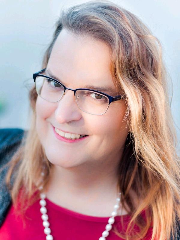 米国のバプテスト派教団「協同バプテスト・フェローシップ」(CBF)で、トランスジェンダーとしては初めて牧師となったローラ・ベサニー・バクライターさん(写真:バクライターさんのリンクトインより)