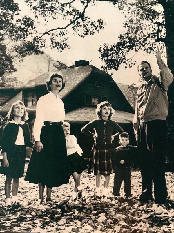 ビリー・グラハム氏が家族と共に住んでいた当時の写真(写真:Single Point Media)