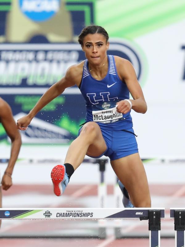 「神に栄光をささげます」 女子400M障害米代表マクラフリン、世界記録更新し金獲得
