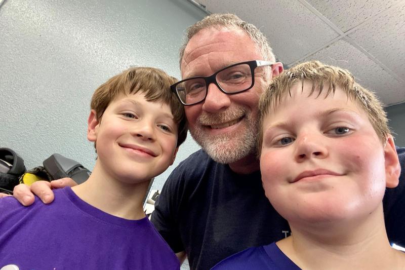 米テキサス州地裁、8歳少年の性転換望む母親に親権認める決定