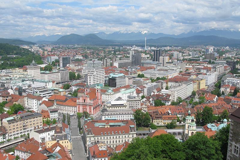 スロベニアの首都リュブリャナ(写真:Ronnie Macdonald)