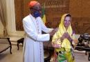 アルカイダ系過激派に拉致されたカトリック修道女、4年8カ月ぶりに解放 教皇と面会