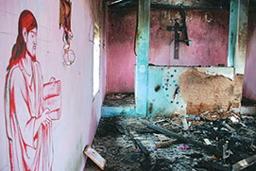 焼き討ちにあったオリッサ州中部カンダマル地区の教会