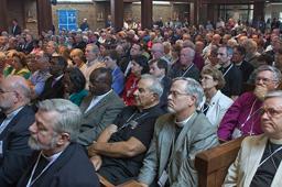 女性や同性愛者の聖職者任命などの問題で、米聖公会から離脱した保守派教会が発足させた「北米聖公会」(ACNA:Anglican Church in North America)の創立総会(2009年6月、ACNA / Christian Post)