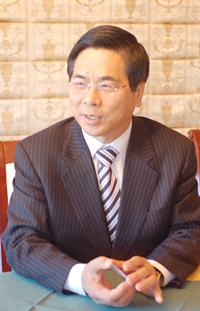 韓国・ヨイド純福音教会会長趙ヨンギ牧師の後継者に内定した李ヨンフン牧師(52、写真・韓国クリスチャントゥデイ)