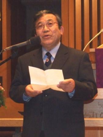 聖書への熱い思いを語る浜島敏氏(7日、日本基督教団銀座教会で)