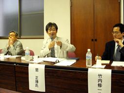 基調講演する関正勝聖公会神学院校長=21日、日本福音ルーテル教会宣教百周年記念東京会堂で