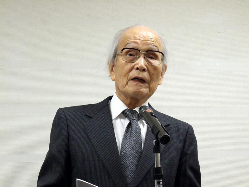 渡辺信夫氏。2012年2月9日、東京都世田谷区で。