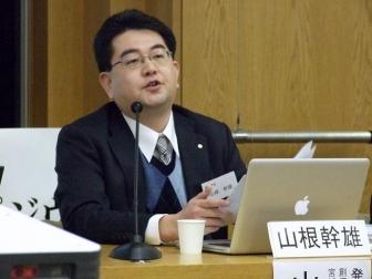創価学会宮城復興プロジェクト・リーダーの山根幹雄氏。2012年2月11日、大正大学(東京都豊島区)で。