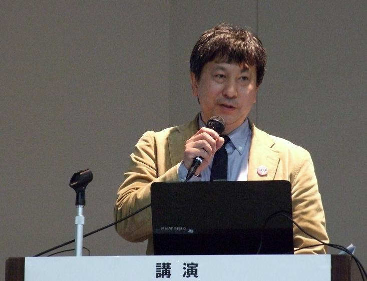 日本福音ルーテル稔台教会牧師の内藤新吾氏、2012年2月18日、梅窓院祖師堂(東京都港区)で。