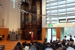 東京基督教大学卒業式の様子=9日、東京基督教大学(千葉県印西市)で