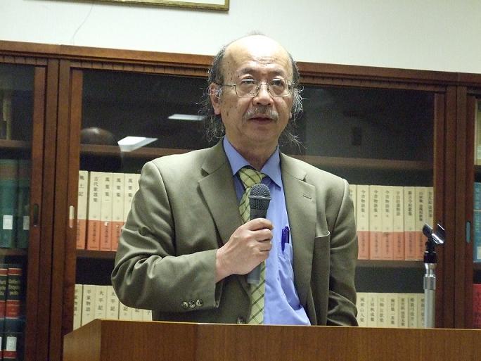 在日韓国人問題研究所所長を務める佐藤信行氏。富坂キリスト教センター(東京都文京区)で。2012年4月27日。