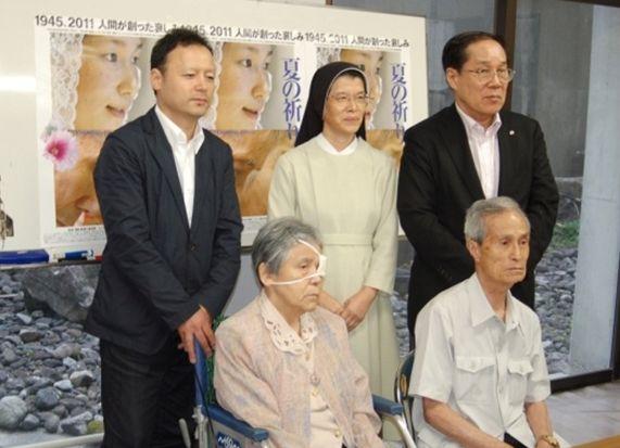 2011年8月8日長崎記者会見の様子(©2011 SUPERSAURUS)