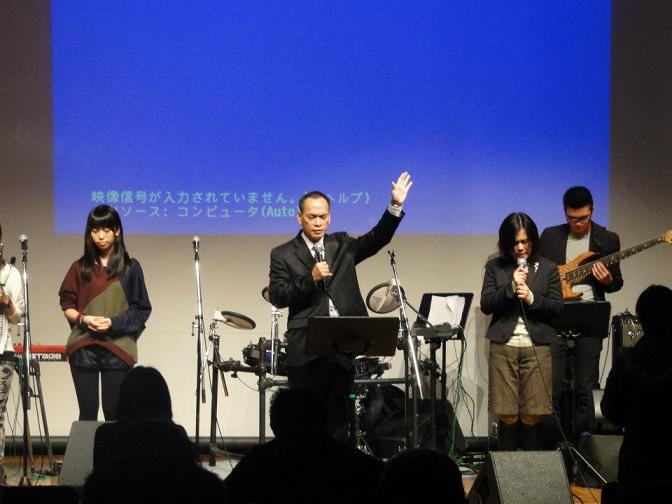 葉栄光牧師によるショートメッセージの様子(facebookより)